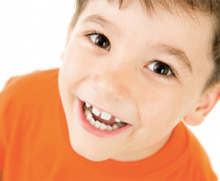 It is recommended to evaluate the dentition at around 7 years of age