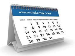 Le déplacement des dents en orthodontie peut prendre plusieurs mois