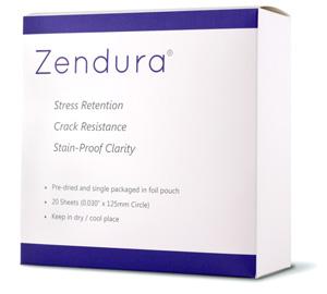 Les aligneurs invisibles ClearCorrect sont fait de Zendura, un matériau idéal pour les coquilles d'alignement dentaire en orthodontie invisible.